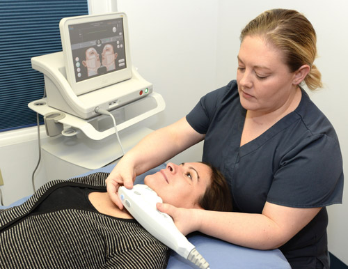 Ultherapy expert Christina treating Ultherapy patient